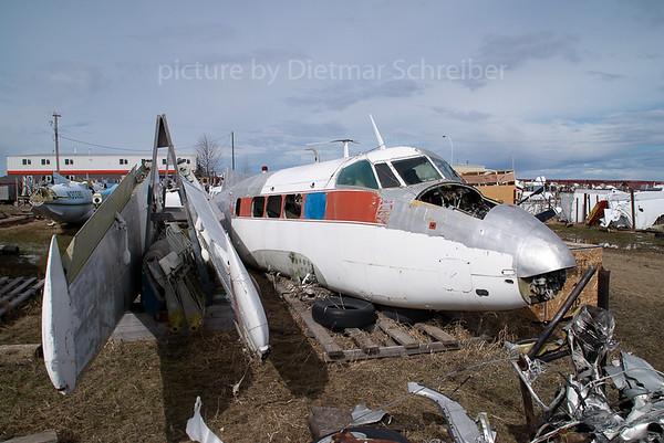 2007-04-27 N40P DH104 Dove
