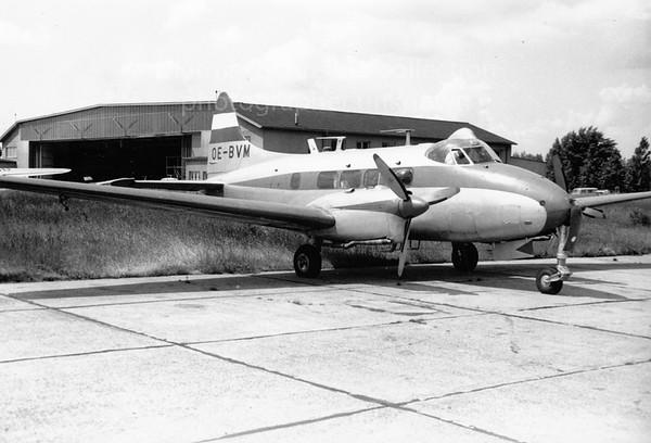 OE-BVM DH104 Dove