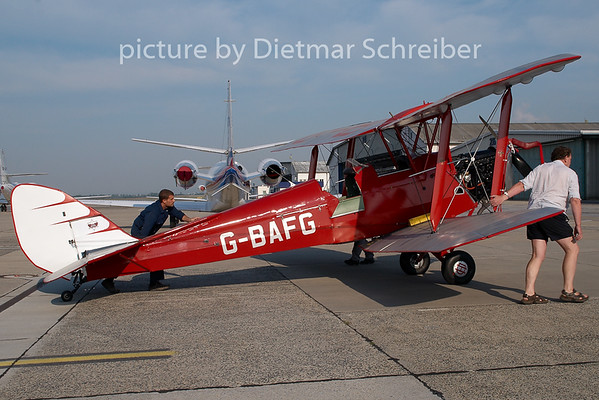 2008-08-22 G-BAFG DH82 Tiger Moth