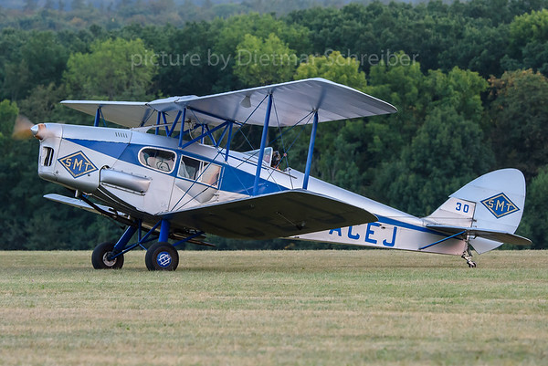 2016-09-10 G-ACEJ De Havilland DH83 Fox Moth