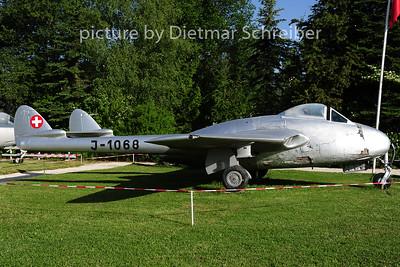 2014-06-09 J-1068 Vampire Swiss Air Force