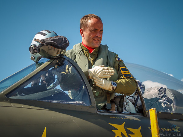 Lars Martinsson and Hawker Hunter F58A