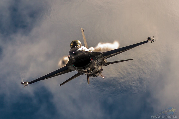 General Dynamics F-16AM Fighting Falcon