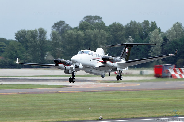 Hawker Beechcraft MC-12W Huron (350ER)