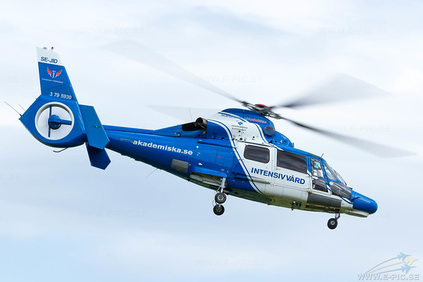 Eurocopter AS-365N-3 Dauphin 2