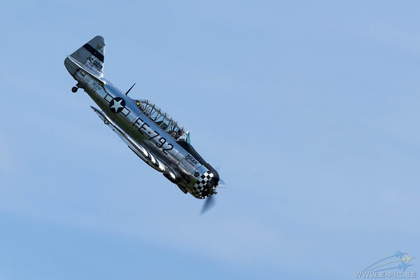 Noorduyn AT-16 Harvard IIB