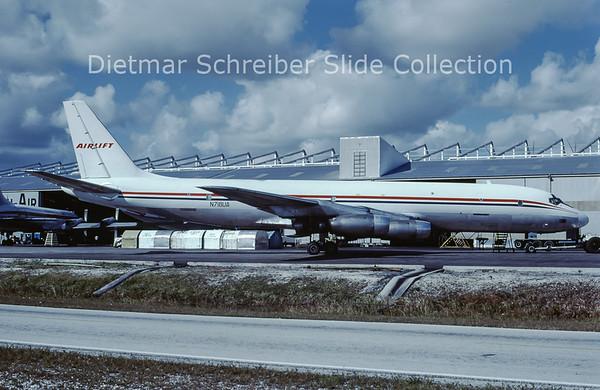 N718UA Douglas DC8-33F (c/n 45384) Airlift