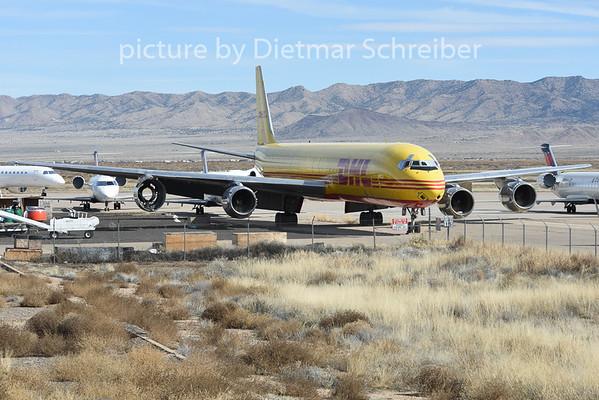 2015-02-06 N802DH Douglas DC8-71 DHL