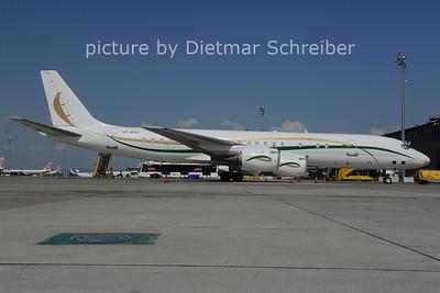 2012-05-26 VP-BHS Douglas DC8-72