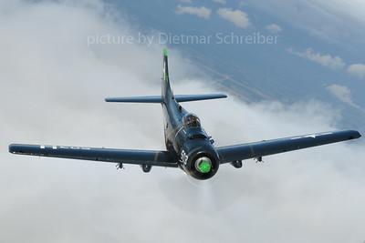 2013-09-15 G-RADR Douglas A-1 Skyraider