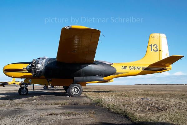 2007-04-28 C-FZTC Douglas A26 Invader Air Spray