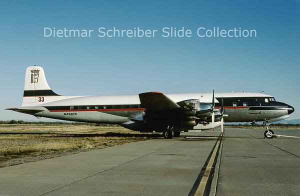 2009-01 N4887C Douglas DC-7B (c/n 45351)