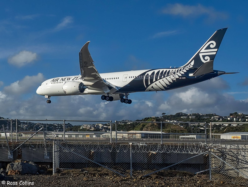 Air New Zealand Dreamliner at Wellington, 31 May 2019