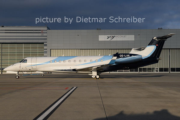 2020-12-14 OE-LAK Embraer 135