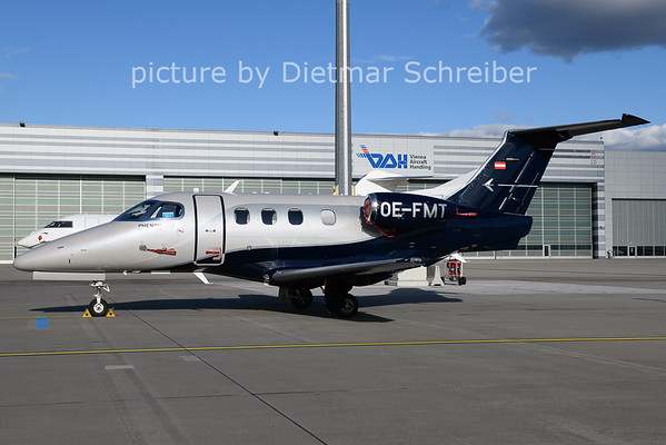 2021-02-04 OE-FMT Embraer 300 Phenom 100