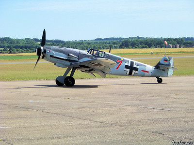 Messerschmitt Bf-109G-4    Rote Sieben    D-FWME Duxford, UK, 07/10/2015 This work is licensed under a Creative Commons Attribution- NonCommercial 4.0 International License