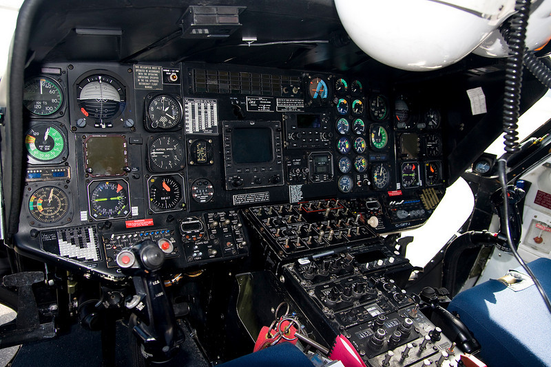 The pilot of this Sikorsky S-76A was kind enough to allow me to get a photo of the instrument panel.