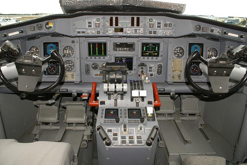 Flightdeck of C-GOGY (Bombardier CL-215-6B11), tanker 277.