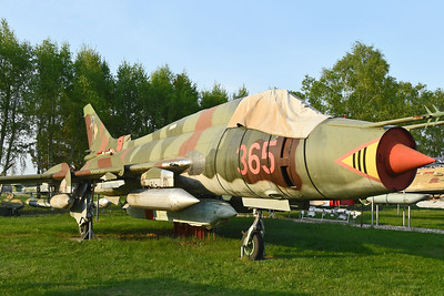 "Sukhoi Su-22M-4 Fitter-K ""365 Red"""