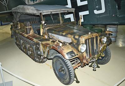 1 ton Demag typ D7 Sd.Kfz. 10