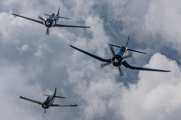 2019-09-03 T28 / Corsair / FW190