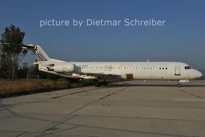 2011-10-05 F-GKHD Fokker 100