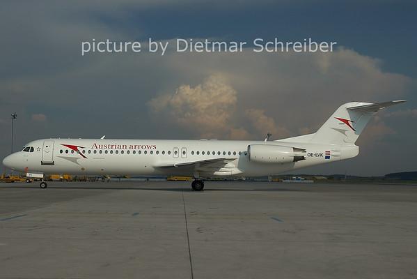 2006-07-21 OE-LVK Fokker 100 Austrian Arrows
