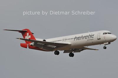 2011-09-24 HB-JVH Fokker 100 Helvetic
