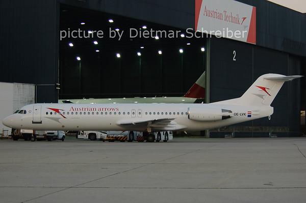 2006-07-04 OE-LVK Fokker 100 Austrian Arrows