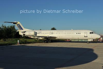 2011-09-13 F-GKHD Fokker 100
