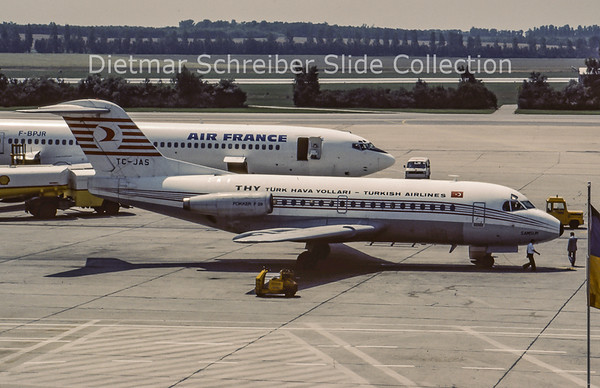 TC-JAS Fokker F28-1000 (c/n 11070) Turkish AIrlines