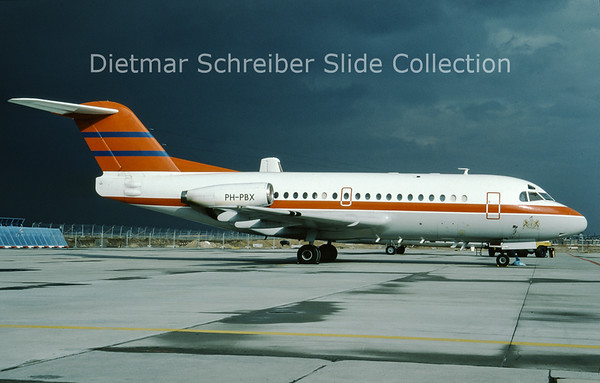 PH-PBX Fokker F28-1000 (c/n 11045) Dutch Government