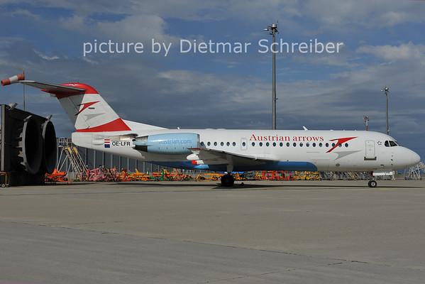 2011-06-23 OE-LFR Fokker 70 Austrian Airlines