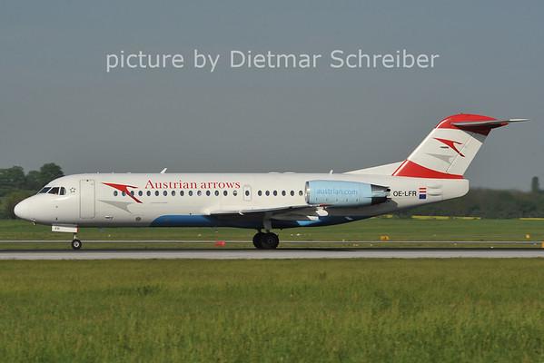 2012-05-02 OE-LFR Fokker 70 Austrian Arrows