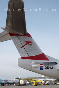 2011-02-04 OE-LFI FOkker 70 Austrian Arrows