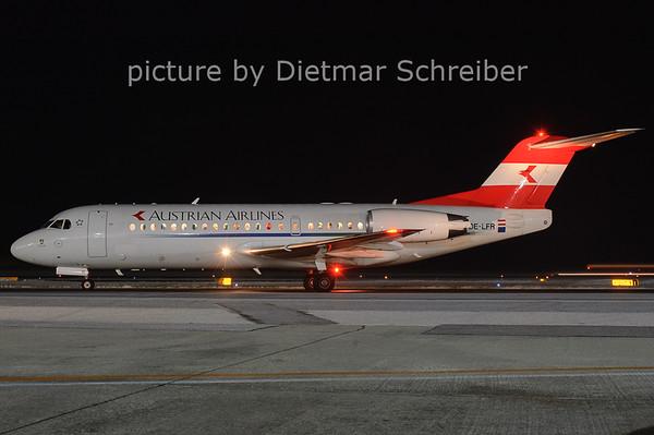 2006-01-16 OE-LFR Fokker 70 Austrian AIrlines