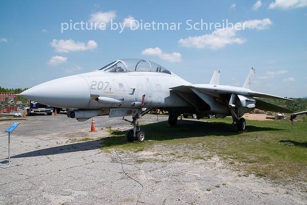 2008-04-24 161166 Grumman F14 Tomcat