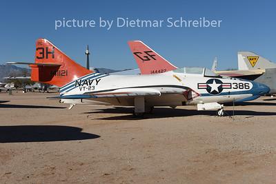 2015-02-08 141121 Grumman F9 US Navy