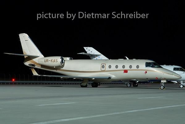 2008-11-16 UR-KAS Gulfstream 150