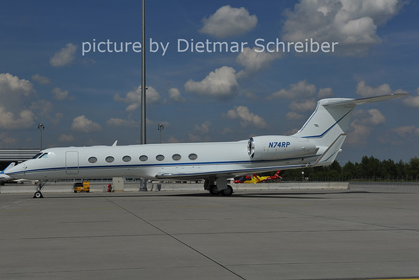 2011-06-13 N74RP Gulfstream 5