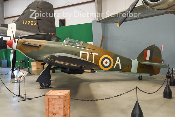 2015-02-08 V6864 Hurricane RAF