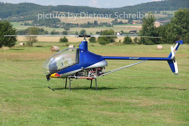 2014-08-08 N13007 Heli-Sport CH-7 Charlie