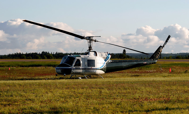 Resource Helicopters Ltd parked this machine near the MNR ramp to be near the other machines. During what migth promise to be a good fire season, helicopters from all over migrate to Dryden looking to work with the MNR.