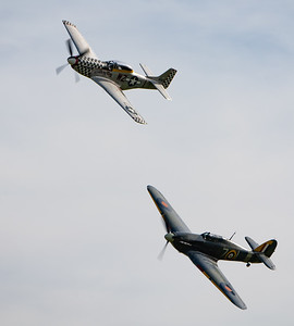 Shuttleworth, Old Warden-> Race Day 2018-> Display-> Nod To Reno, Aircraft-> Hawker-> Hurricane-> Sea Hurricane Mk1B-> Z7015, Aircraft-> North American-> TF-51D Mustang-> 414251 - Contrary Mary - 07/10/2018@14:48