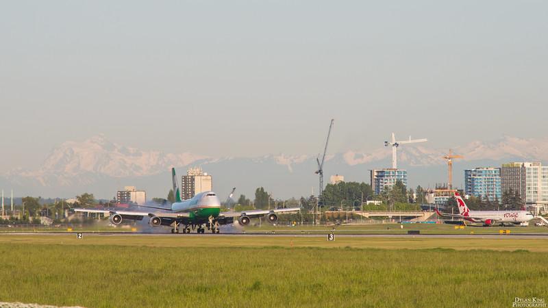 EVA Air 747-400