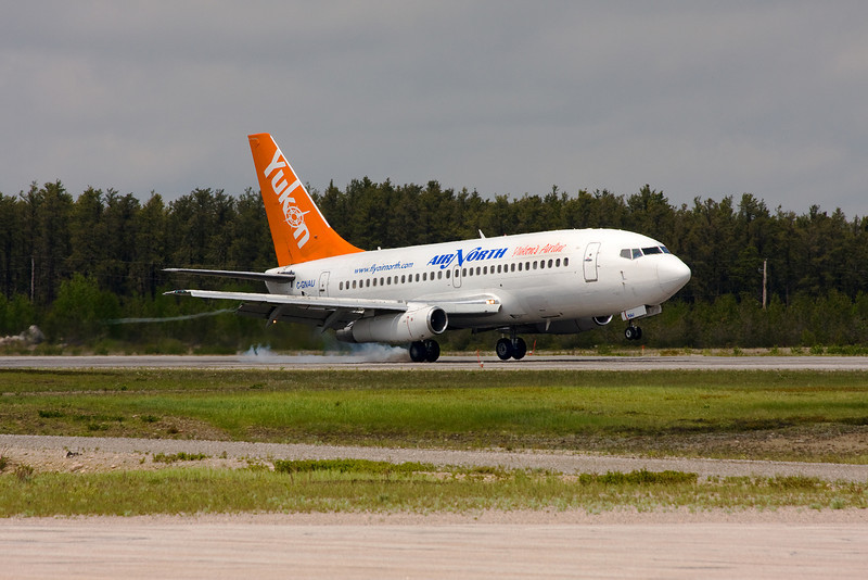 A Air North (from Whitehorse) Boeing 737-201 lands in Dryden to bring home forest fire fighters.