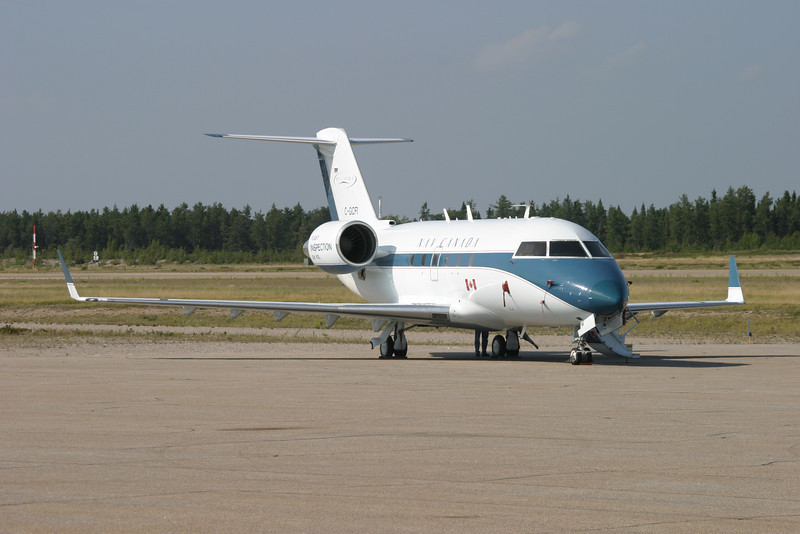 A Canadair CL600-2A12 operated by Nav Canada