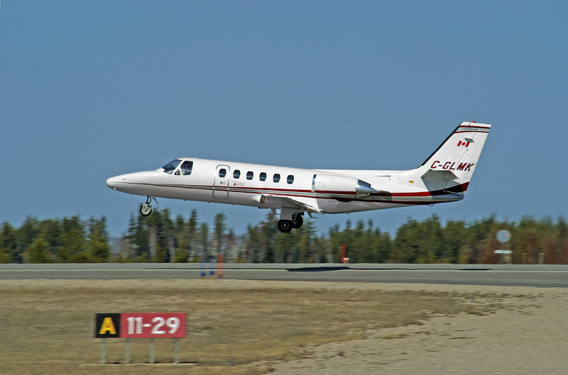 Air Tindi leaving the Dryden Airport in a Citation II.