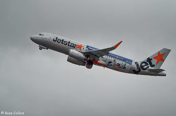 Jetstar A320 VH-VFU at Wellington 2017