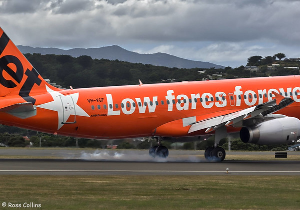 Jetstar A320 VH-VGF at Wellington 2017